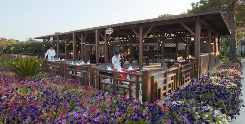 Crystal Flora Beach Resort 3