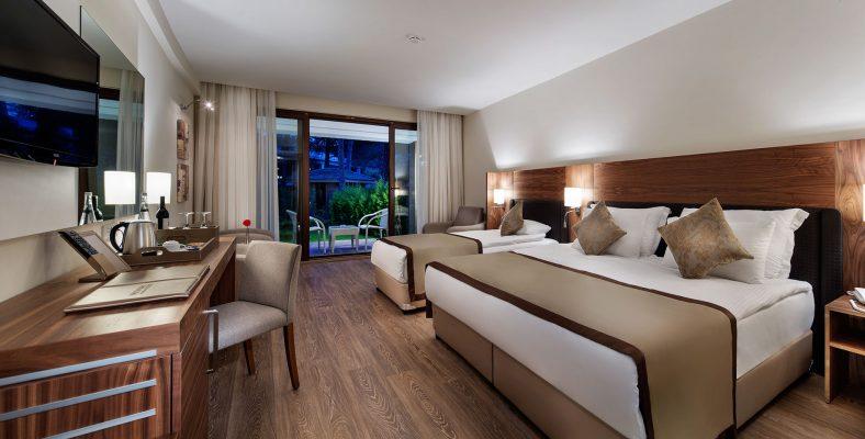 Nirvana Lagoon Villas Suites&Spa 1