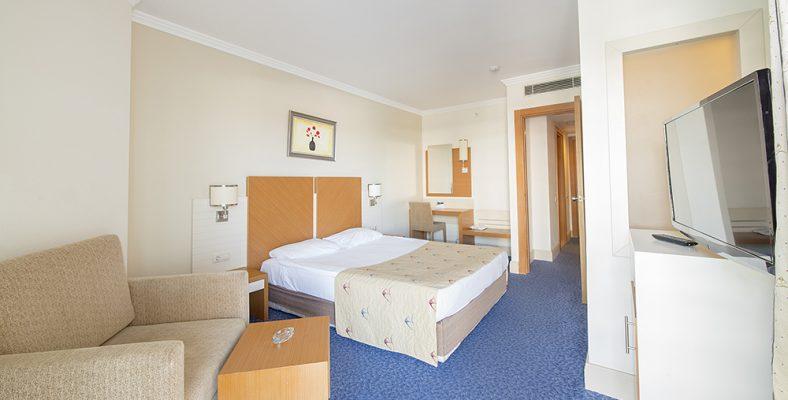 Crystal Admiral Resort Suites&Spa 6