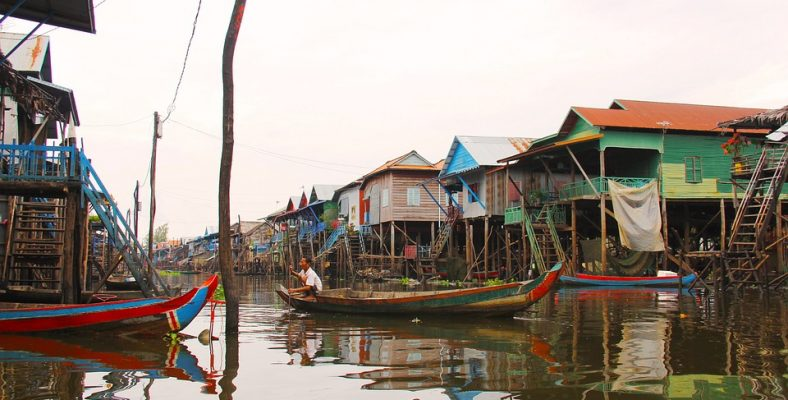 kompong-phluk-kompong-floating village