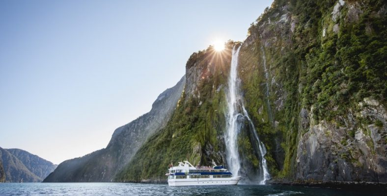 te_anau_to_milford_sound_to_queenstown - new zeeland